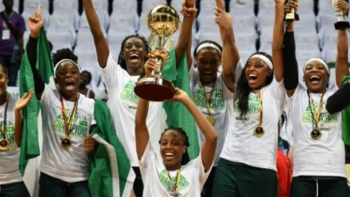 Photo of Zenith Bank rewards D'Tigress