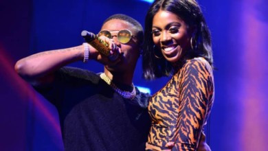 Photo of Wizkid and I are friends with benefits – Tiwa Savage