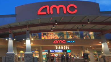 Photo of AMC Debuts Uneventful 'Airplane Mode' Video Game