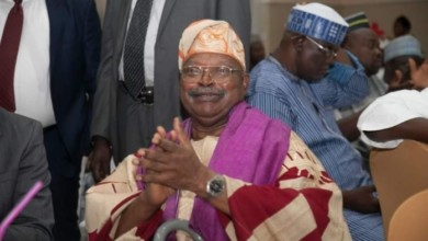 Photo of Nigeria's Former Minister Of Information, Alex Akinyele Dies At 81