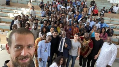 Photo of Twitter boss Jack Dorsey having a time of his life in Nigeria