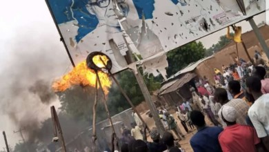 Photo of Protesters set Buhari's billboard on fire in Katsina
