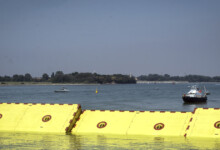 """Photo of Flood-weary Venice puts  """"Moses"""" inflatable barriers to test"""