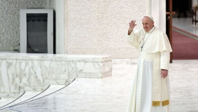 Photo of Pope Francis Supports Same-Sex Civil Unions, but the Church Must Do More
