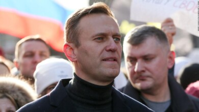 Photo of Navalny says he will return to Russia since recovering after being poisoned