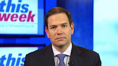 Photo of Rubio on $2,000 checks: 'Let's get it done, Mr. President'